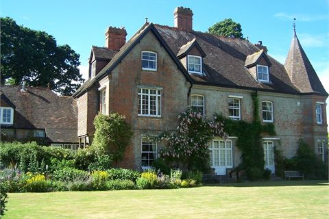 Shillingstone House